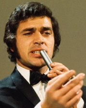 fb0f2bd720d2e8c7c767fa84e8d7f34b--engelbert-humperdinck-music-artists