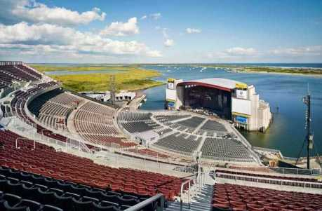 8-Nikon-at-Jones-Beach-Theater