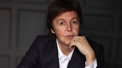 PaulMcCartney_wide-f63b946213ed3b3b0fd9ed854a92e1be36a852a2-s800-c85