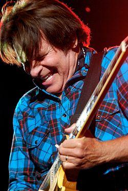 250px-John_Fogerty_at_the_2011_Cisco_Ottawa_Bluesfest