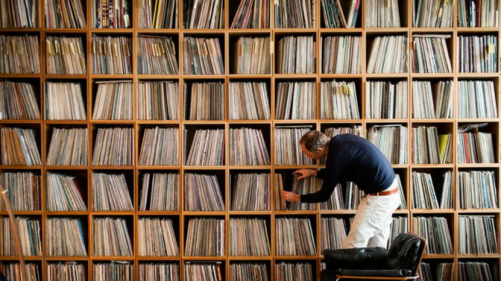 record_collection_672_x_377_1024x1024